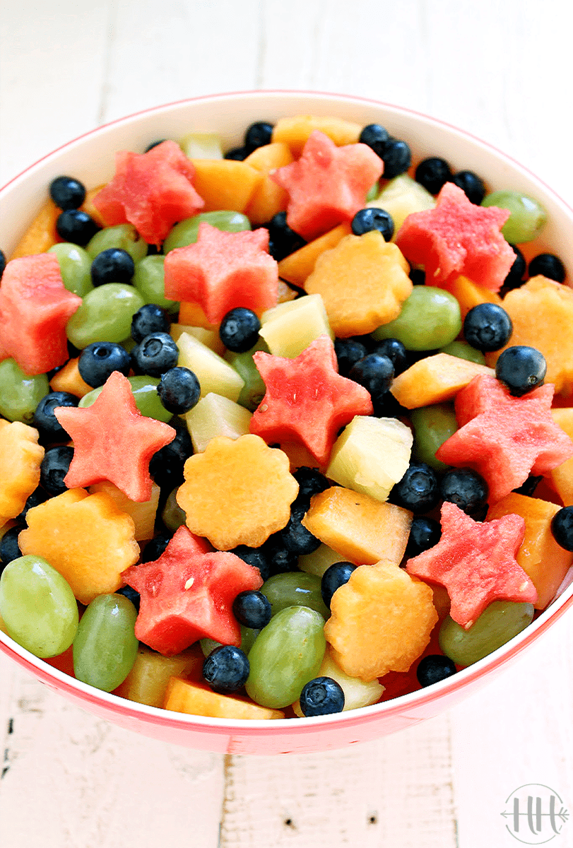 Beautiful and colorful bowl of fresh fruit.