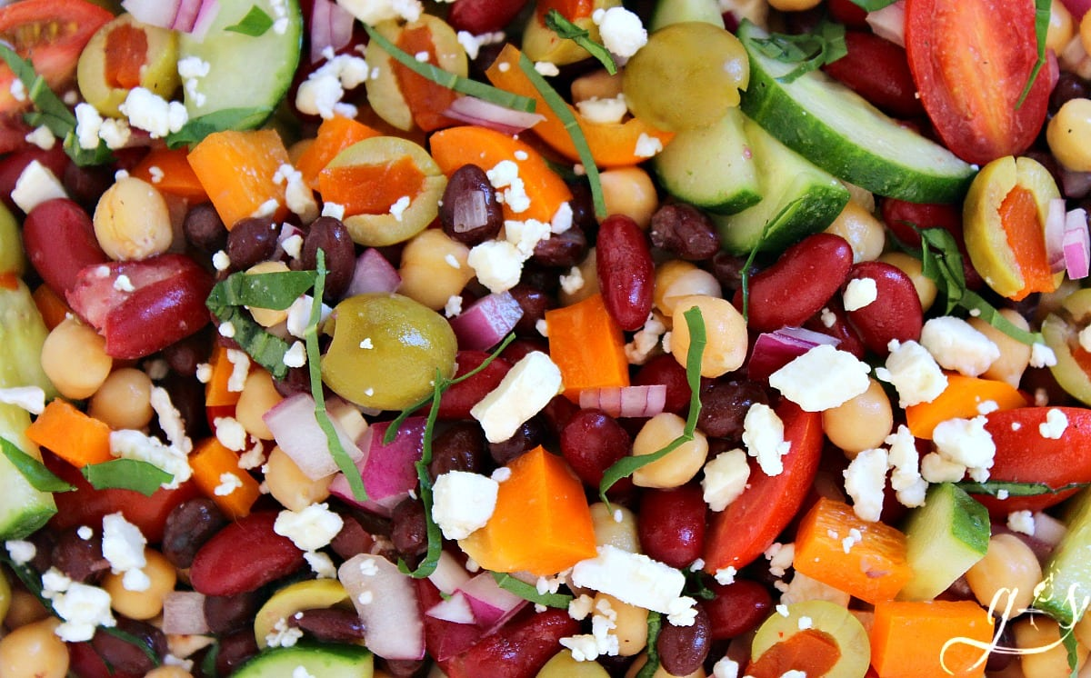 BEST Mediterranean Tri-Bean Salad | This healthy and easy three bean ...