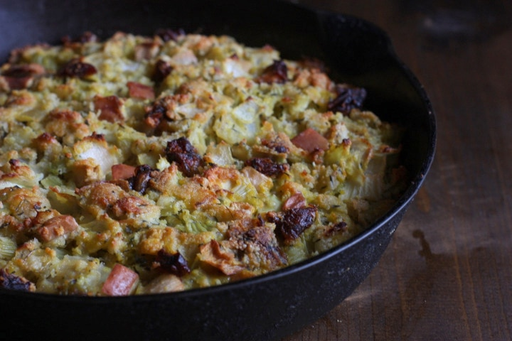 Gluten and Grain Free Home style Stuffing from Mommypotamus in a cast iron skillet.