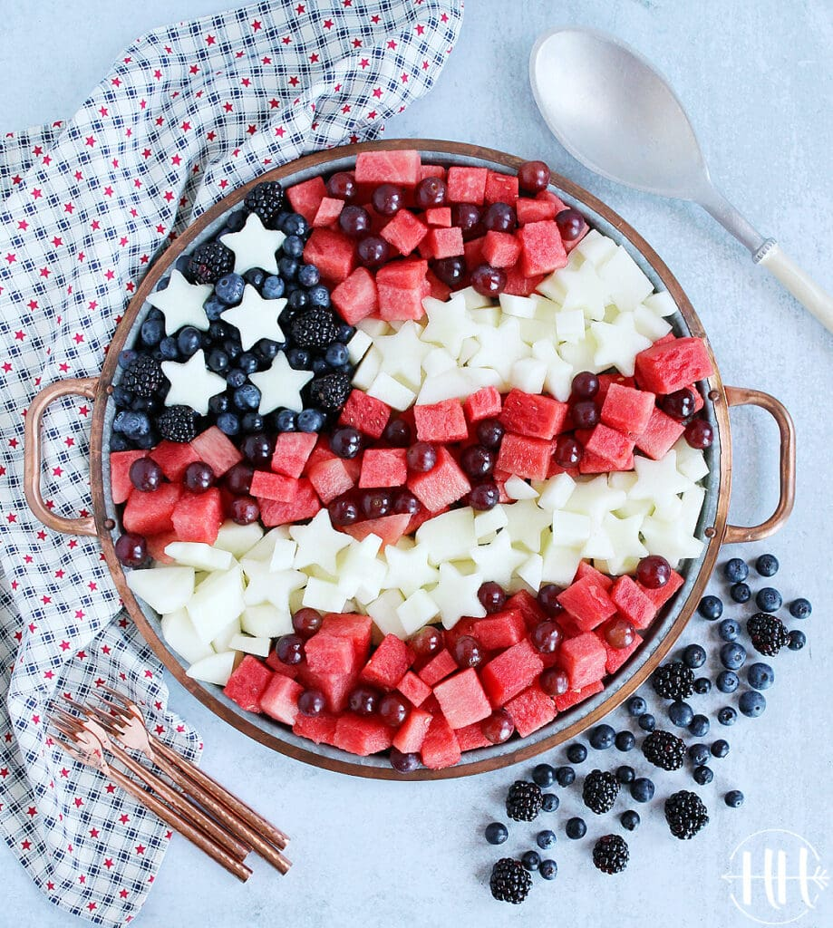 Beautiful patriotic fruit tray for July 4th.